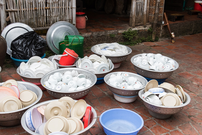 After Lunch Service.  Duong Lam, Viet Nam