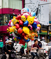 Baloons on bicycle, Hanoi