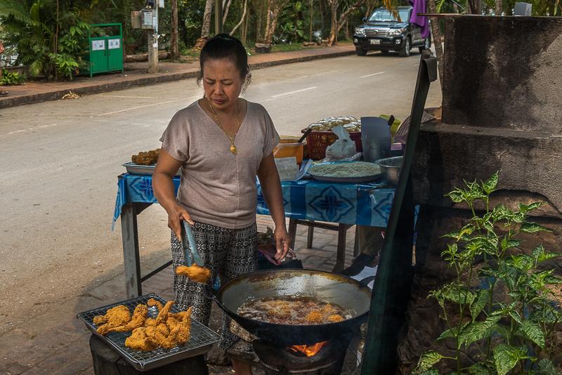Frying chicken, Luang Prabang