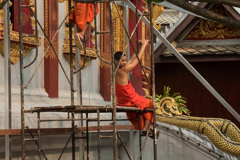 Vat Nong Sikhounmuang Temple repair