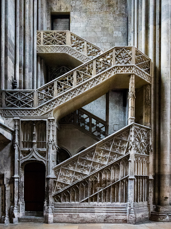 CrisCross stairs, Cathedral Notre Dame Rouen, FR