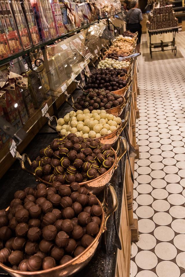 Belgium Chocolate shop #2