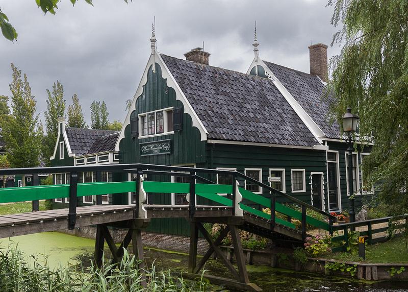 Zaanse Schans foot bridge