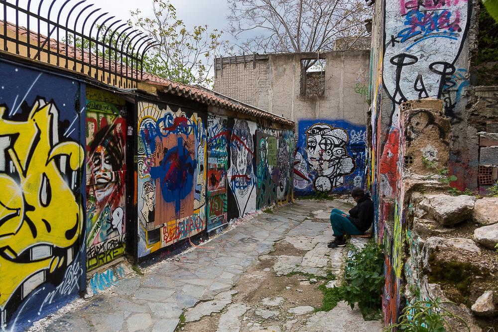 Anafiotika area grafitti Alley
