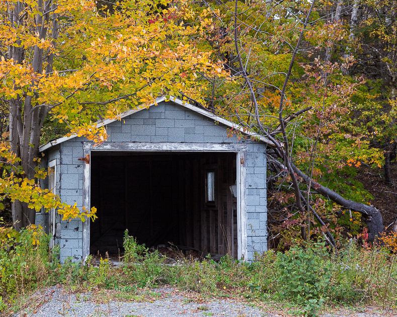 Garage (Cape Breton Island, NS Canada)