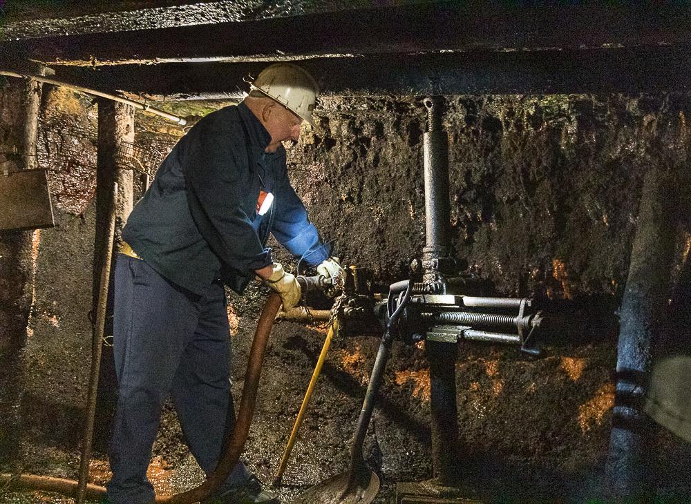 Hydraulic Drill demonstration Glace Bay Miner's Museum (Cape Breton Island, NS Canada)