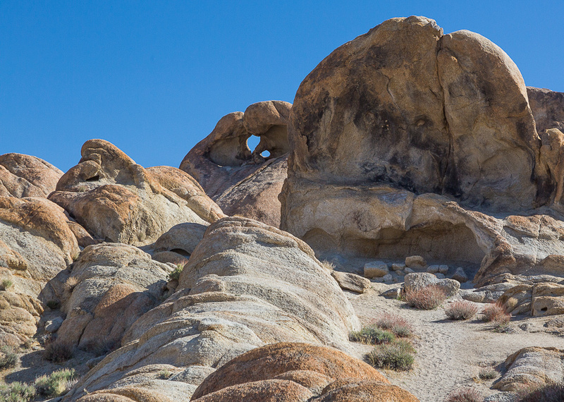Alabama hills double arch