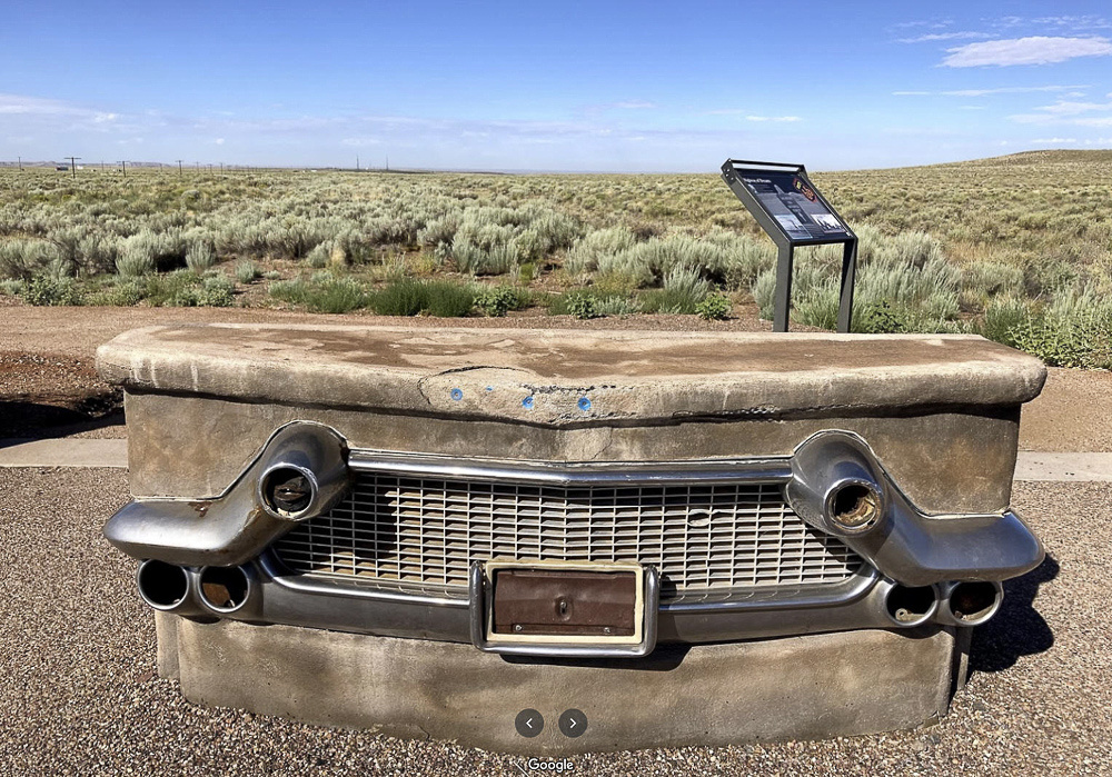01 Rt66 Grille Monument
