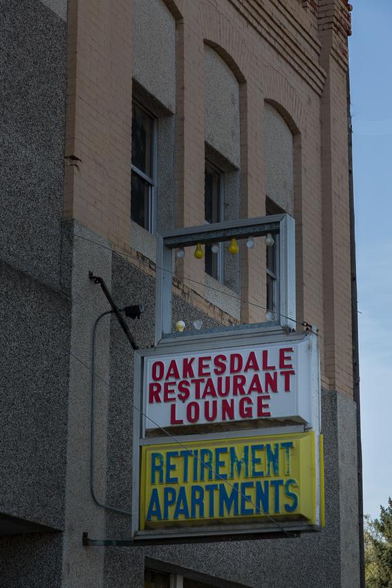 Retireent and Lounge